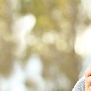 Susaron 01 2019 Habitos de la gente sana 180x180 - 5 consejos para proteger la piel en verano