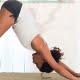 Estiramientos en casa para prevenir dolores de espalda